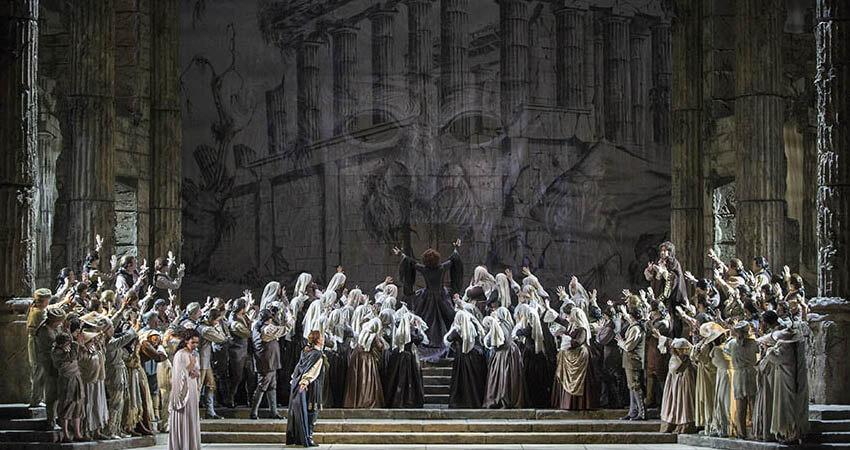 Idomeneo alla Scala di Milano. L'indimenticabile opera di Mozart che racconta della furia di Nettuno sul Re di Creta.